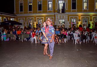 Passeio Noturno - Forró com turista