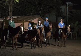 Cavalgada Recanto do Peão (Noturna) - Com Transfer privativo de Hotéis em Bonito