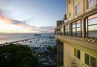 3 passeios - City Tour Histórico + Tour de Ilhas + Praia do Forte - (3 Dias)