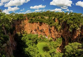 Buraco das Araras - Observação de Aves (Para Praticantes de birdwatching) - Com Transfer de Hotéis em Bonito - Dia Inteiro