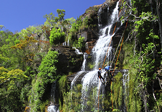 Cachoeirismo com Rapel - Cachoeira Almécegas 1