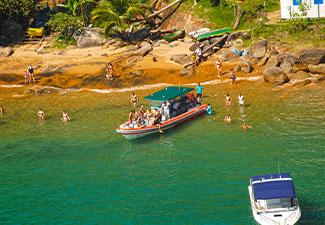 Passeio Terra / Mar - Ida de Land Rover e volta de Super Boat