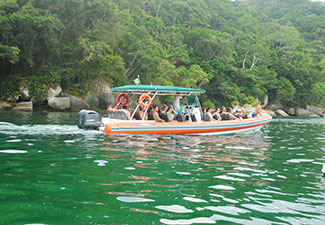 Passeio Mar / Terra - Ida de Super Boat e volta de Land Rover