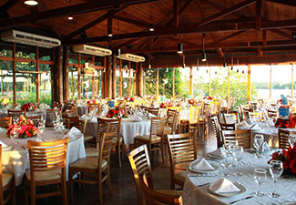 Almoço no Restaurante Porto Canoas