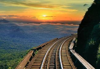 Passeio de Trem Pôr do Sol (Primeira Classe - Vagões: Copacabana ou Foz do Iguaçu ou Curitiba)