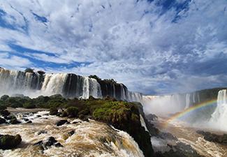 04 passeios + Ingressos em Foz do Iguaçu - 02 dias