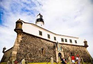 City Tour Histórico e Panorâmico + Passeio para Praia do Forte + Ilha dos Frades e Itaparica - 03 dias