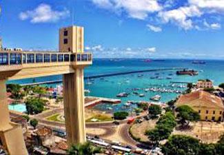 City Tour Histórico e Panorâmico + Passeio para Praia do Forte - 02 dias