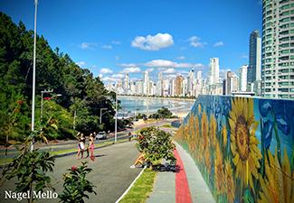 City tour Balneário Camboriú + Ida à roda gigante Big Wheel e Parque Unipraias - Saída de Florianópolis