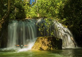 Estancia Mimosa - trilhas e cachoeiras