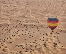 Passeio de Balão pelo deserto