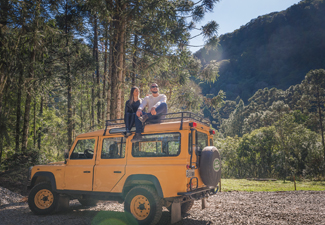 Land Rover - Tour Pé da Cascata Explorer ( Cascata do Caracol )