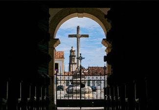 Cidade Histórica: Passeio a São Cristóvão com a arte da Xilogravura e jantar - Saída de Aracaju