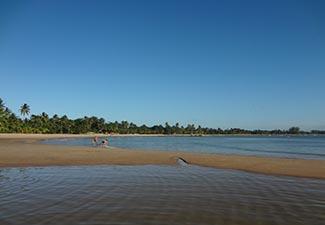 COMBO - Transfer de Chegada e Saída do Aeroporto de Ilhéus para Hotéis em Itacaré + Caminhada pelas Praias Urbanas ( Cortesia )