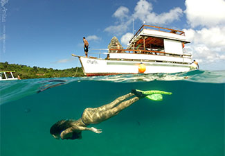 COMBO - Transfer de chegada e saída + caminhada histórica + ilha tour + Atalaia sub (3 dias)